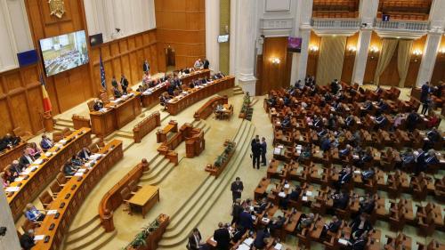 Camera Deputaţilor - convocată în sesiune extraordinară săptămâna viitoare