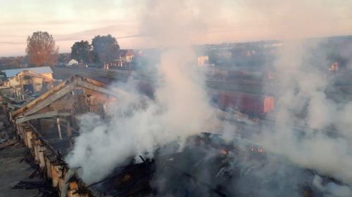 Arad: Un depozit în care se aflau 2.000 de tone de cereale a ars complet într-un incendiu