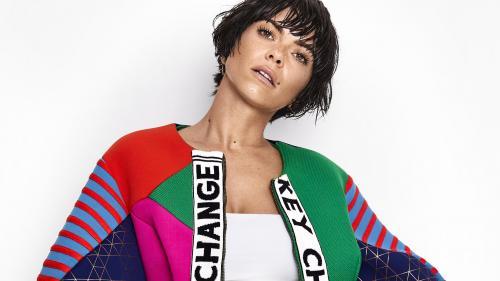 "România, reprezentată la Milano Fashion Week:  piesa INNEI, ""Iguana"", în show-ul Versace"