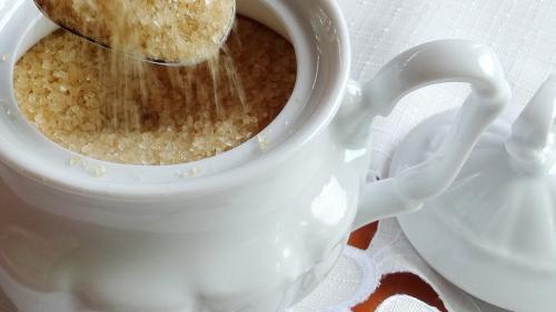 8 semne că mănânci prea mult zahăr