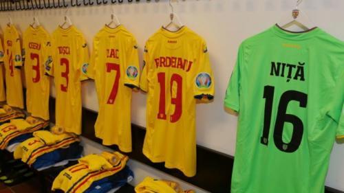 EURO 2020: Victorie CHINUITĂ pentru România în Insulele Feroe. Golurile marcate în ultimul sfert de oră