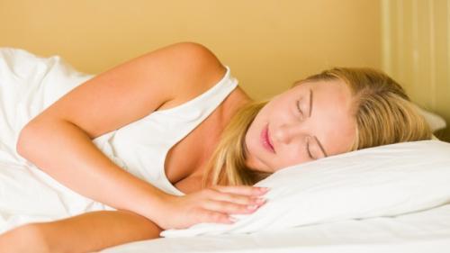 Analizarea mersului ajută la evaluarea calității somnului