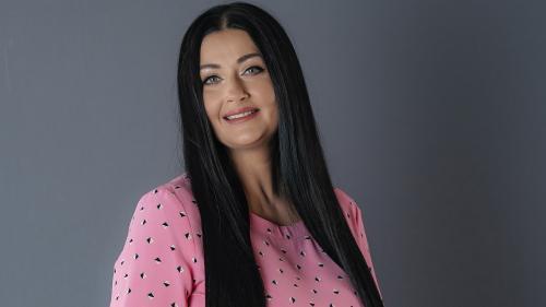 Gabriela Cristea va prezenta emisiunea Like a star!