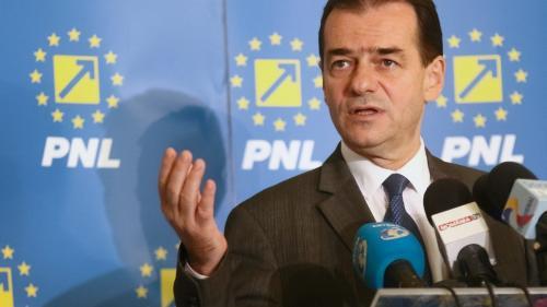 Întâlnire între Ludovic Orban și Mugur Isărescu pe teme economice
