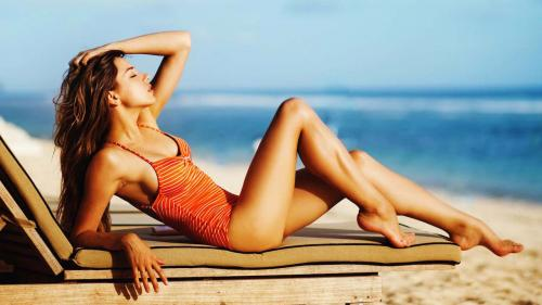 O turistă a fost arestată în Filipine fiindcă purta bikini pe plajă