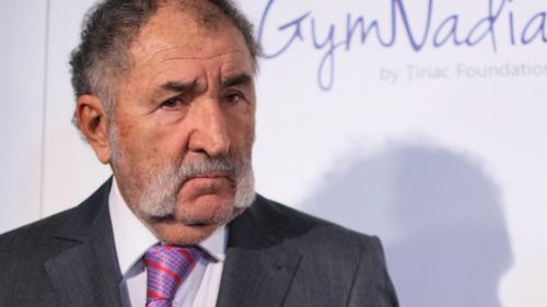 """Ţiriac spune că dacă ar fi ministrul Sportului şi nu ar primi 1% din PIB, s-ar """"urca pe masă''"""