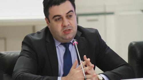"""Răzvan Cuc, replică dură la adresa lui Victor Ponta: """"Cel mai bine ar fi să rămâneți cu ce știti cel mai bine. Cu trădarea și minciuna!"""""""
