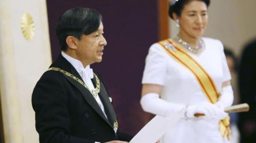 Japonia: Noul cuplu imperial oferă o imagine mai relaxată acestei monarhii