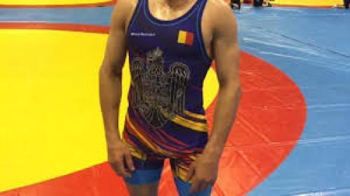 Lupte: Andrei Dukov a câștigat argintul la Mondialele Militare din China. Este a treia medalie pentru România