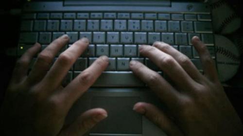 O hackeriţă de 12 ani, pe jumătate româncă, participă la cea mai mare conferinţă de securitate cibernetică, DefCamp #10
