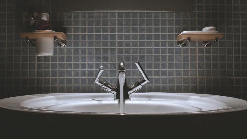 Instalațiile sanitare lovesc mai tare decât fenomenele atmosferice