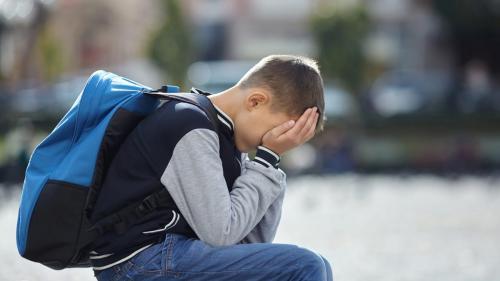 Decesul unui părinte, în copilărie, risc de psihoză în viața adultă