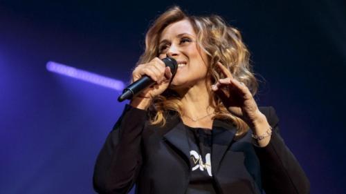 Concertele pe care Lara Fabian le avea programate în Craiova şi Bucureşti - amânate
