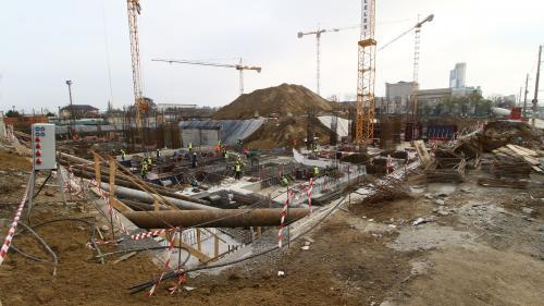 GALERIE FOTO Orban - vizită la stadioanele pentru EURO 2020: Guvernul va urmări ca antreprenorii să aibă tot ce au nevoie ca să finalizeze lucrările