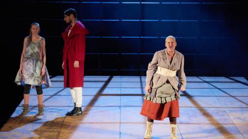 Mutter Courage şi copiii ei, în regia lui Armin Petras, va deschide cea de-a 18-a ediție a UTE Fest
