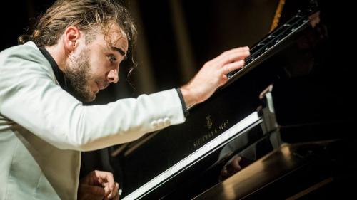 """Trei muzicieni, Horia Andreescu, Daniel Ciobanu și Jacob Reuven, propun o """"abordare exotică"""" a muzicii lui Mendelssohn"""