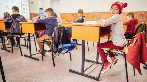 Dacian Cioloș cere menținerea unui ministru al educației pentru minimum cinci ani