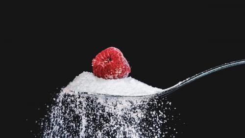 Zahărul, ascuns în alimente sub 60 de denumiri