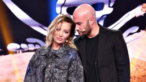 A sărutat-o sau nu Mihai Bendeac pe Delia în semifinala iUmor?