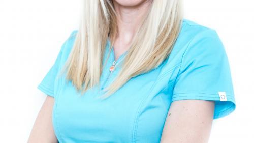 """Dr. Denisa Zaharia: """"Anomaliile dentare pot fi tratate la orice vârstă"""""""