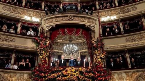 """""""Nu este, pur și simplu, TOSCA ci...Tosca sopranei HARICLEA DARCLEE!"""""""