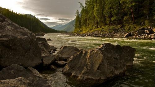 3 milioane de euro pentru amenajarea zonei de agrement a râului Suceava