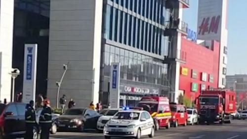 Alertă la un mall din Capitală. AFI Cotroceni a fost evacuat de urgență