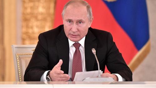 """Putin avertizează asupra unui nou caz """"Srebrenica"""" dacă nu va exista o amnistie pentru estul Ucrainei"""
