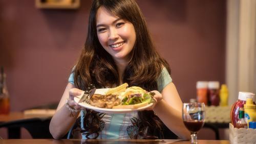 O instanță din SUA a dat câștig de cauză fripturilor fără carne și burgerilor vegetarieni