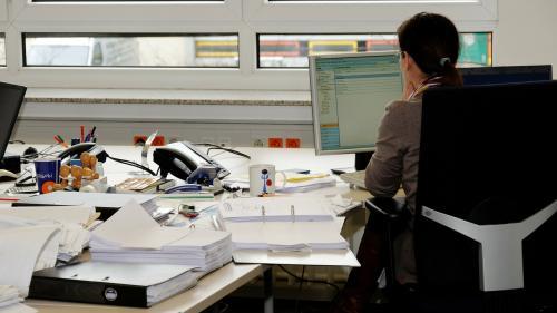 Psiholog român dezvăluie: Treci printr-o criză personală? Iată cum să rămâi concentrat la locul de muncă