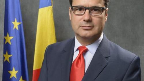 Remus Pricopie, rectorul SNSPA, întrevedere cu directorul general al FMI