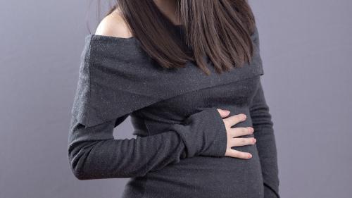 O cunoscută vedetă Antena 1 a anunțat că este gravidă