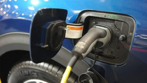 Cererea de mașini electrice creşte accelerat