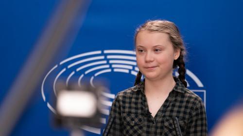 Greta Thunberg critică la Davos