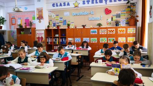 Școlile și grădinițele din sectorul 4, unde s-a efectuat dezinfecția, își vor relua cursurile