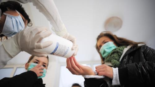 Gripa face o nouă victimă: Un copil de doi ani a murit în București