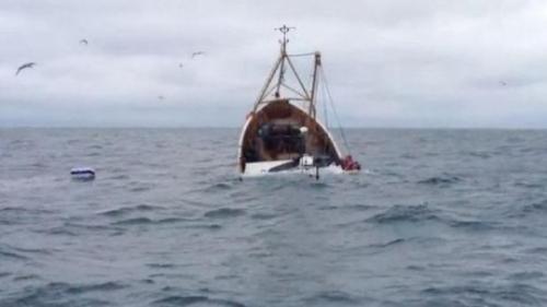 Naufragiu în Oceanul Pacific. Opt persoane au decedat, supraviețuitorii au plutit în derivă zile întregi