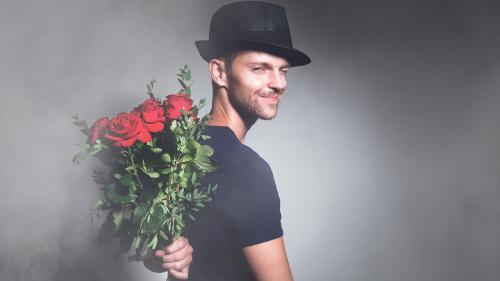 """Psiholog român dezvăluie:4 metode de a rezista """"efervescenței"""" de Ziua Îndrăgostiților"""