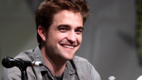 Au apărut primele imagini cu Robert Pattinson ca Batman