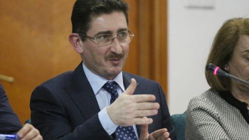 Chirițoiu și-a angajat partenerii de afaceri ca să apere concurența
