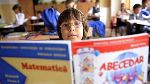 Anul școlar nu va fi repetat, indiferent de situație