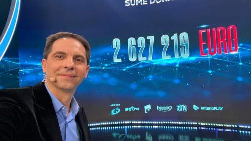 Teledonul Români Împreunã, difuzat simultan pe 5 canale tv, urmãrit de peste 6.6 milioane de telespectatori