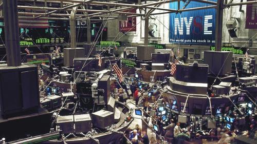 Bursa iese din șocul provocat de COVID