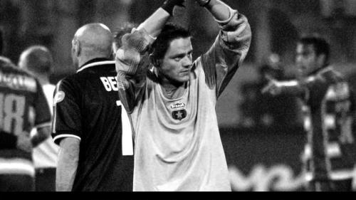 Martin Tudor a fost omagiat de fanii Stelei în faţa Stadionului din Ghencea