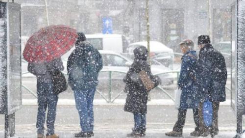 Vești proaste de la meteorologi: Ninsori și vânt puternic în aproape toată țara în următoarele zile
