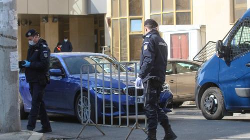 Fostul ofiţer din MAI care a infectat mai multe persoane cu COVID-19 a fost externat