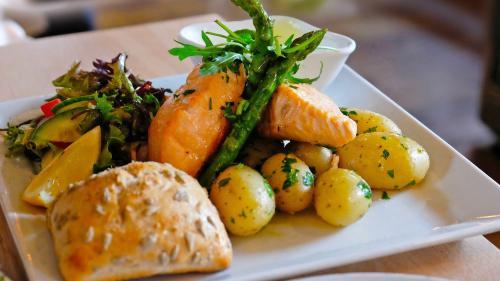 4 sfaturi să gătești mai sănătos, fără efort