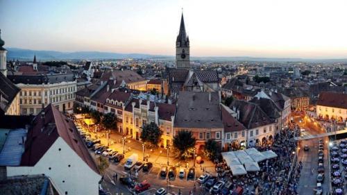 Primăria Sibiu reduce drastic bugetulFestivalului Internațional de Teatru 2020, dar...