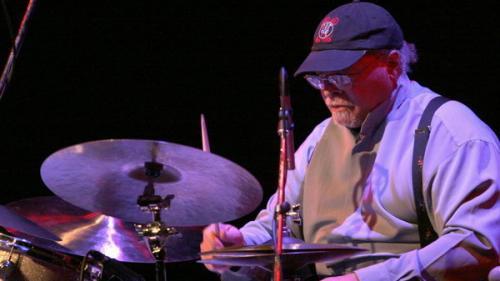 Doliu în lumea muzicii. Un celebru cântăreț de jazz a decedat la vârsta de 91 de ani