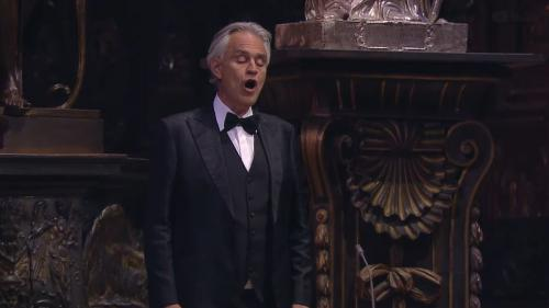 Tenorul Andrea Bocelli a dezvăluit că a avut coronavirus